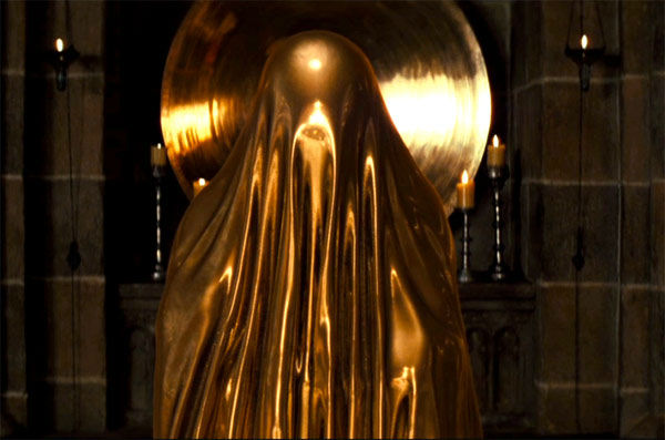 http://sans-grand-interet.cowblog.fr/images/Films/Snowwhitemirror.jpg