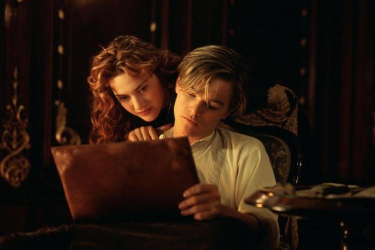 http://sans-grand-interet.cowblog.fr/images/Films/titanic3d.jpg