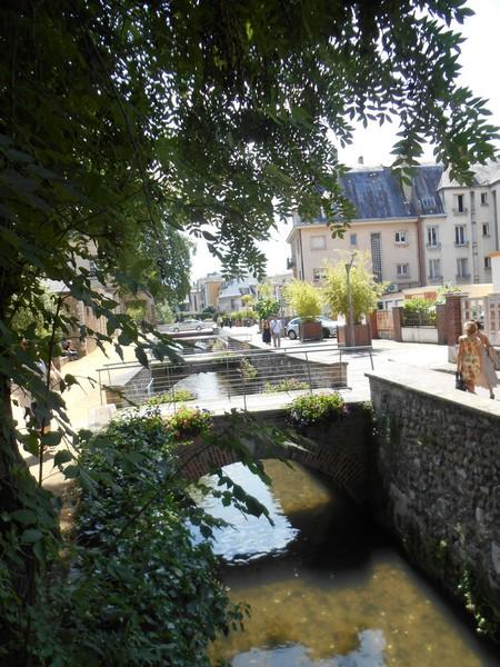 http://sans-grand-interet.cowblog.fr/images/Parisoctobre2014/Paris28.jpg